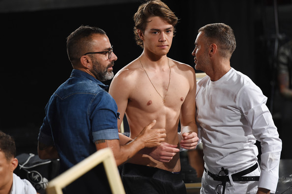 DSquared2+Backstage+Milan+Fashion+Week+Menswear+VtcOKWoyW7tl