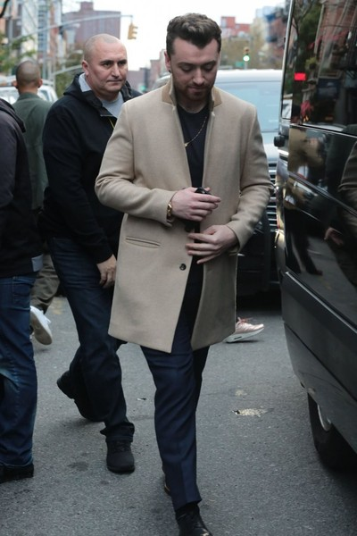 Sam+Smith+Greets+Fans+New+York+City+WzCnZNl3CATl